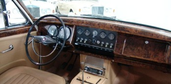 1960 Jaguar MK II Dash from back seat